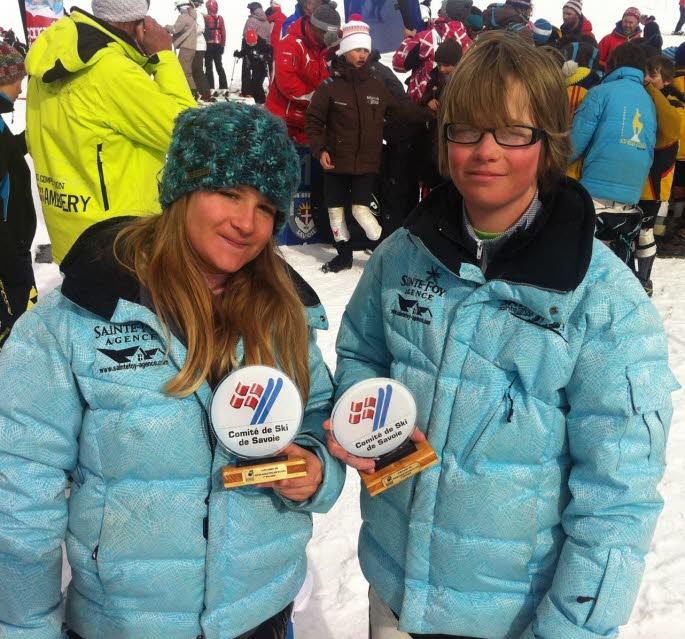 Les skieurs de Sainte-Foy-Tarentaise, Inès Pearson et Nelson Rogers ont, tous les deux, terminé sur la deuxième marche du podium de la Coupe d'argent de Savoie catégorie benjamin, lundi à La Rosière.